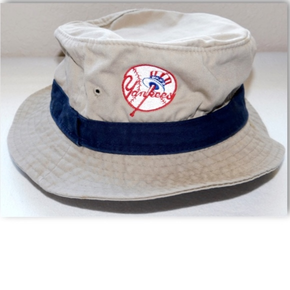 0413769e007 Grosscap Other - Vintage NY Yankees Khaki Bucket Hat Size  S-M